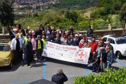 La 500 dona un defibrillatore alla CRI