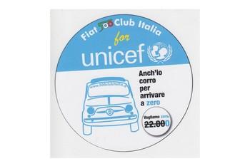 Il Fiat 500 Club Italia in Blu per la giornata dei diritti dell'infanzia