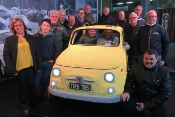 Presentata a Mirafiori la Fiat 500 di mattoncini Lego