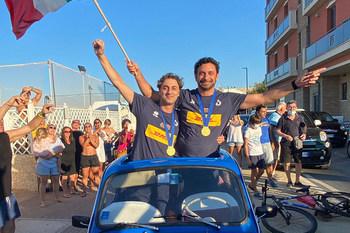 Mazzanti e Bertini acclamati sulla 500 azzurra per la vittoria europea del Volley femminile