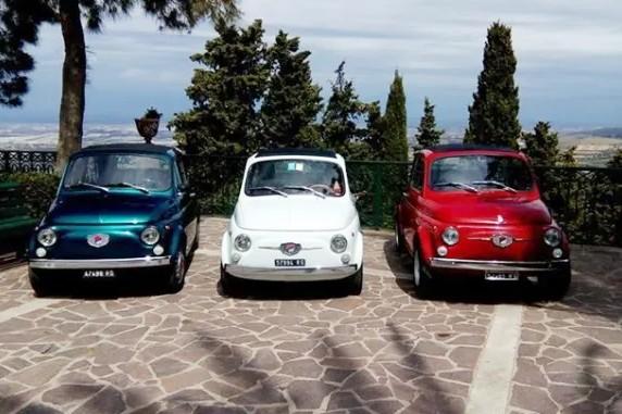 Le 500 in strada per l'ASST Santi Paolo e Carlo