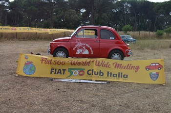 Il Fiat 500 WWM a Castel Fusano (RM)
