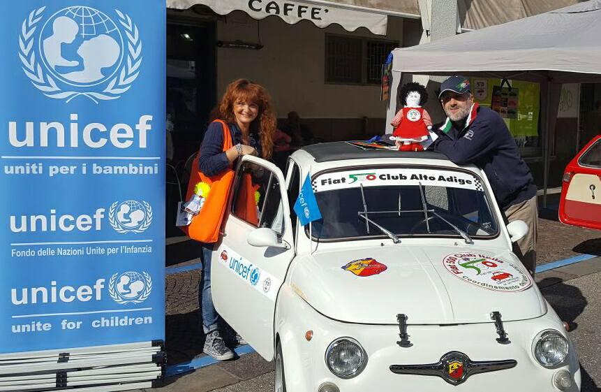 Orchidea Unicef con Fiat 500 Club Italia