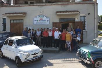 Sicilia - Comitiva in visita al Museo della 500 sui Nebrodi