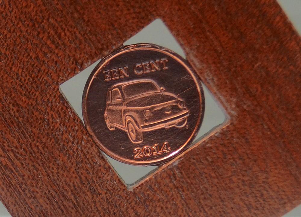 Una moneta con la 500 dai Caraibi... a Ostia!