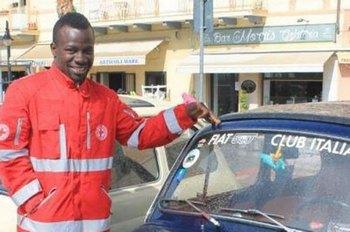 Insulti razzisti ad un volontario della Croce Rossa - Solidarietà