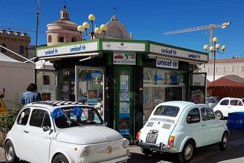 Il Fiat 500 Club Italia accanto a UNICEF per la Festa dei Nonni